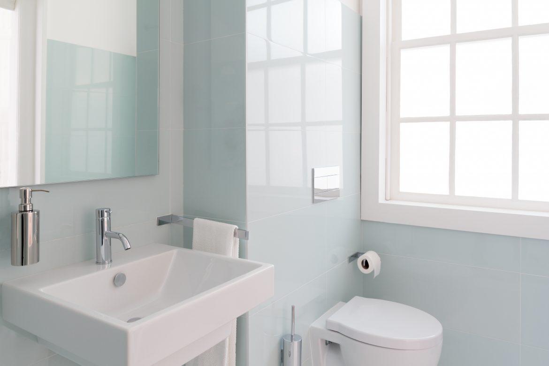 desafio de criar um novo banheiro em apartamento sem passar pelo forro do vizinho