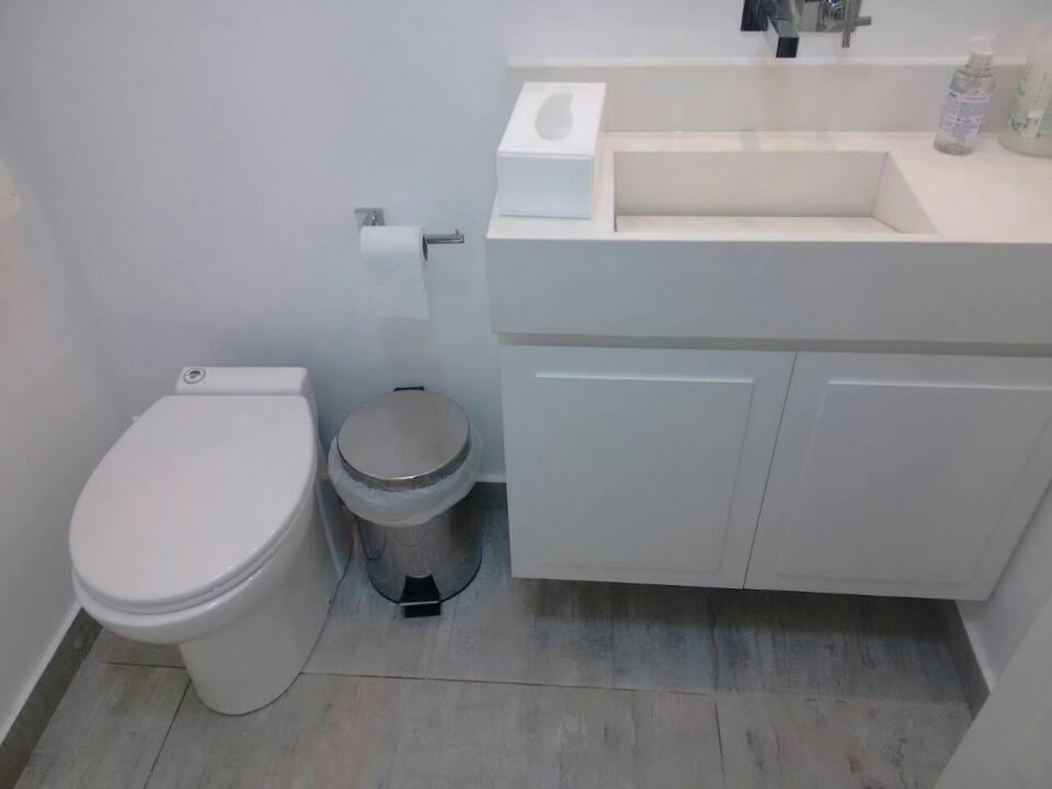 banheiro privativo em consultório helcowitz